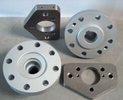 Clutch and basic pieces for valve house